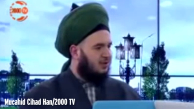 Extremista muçulmano afirma que quem se dá prazer manualmente acabará com a mão grávida em vida após a morte