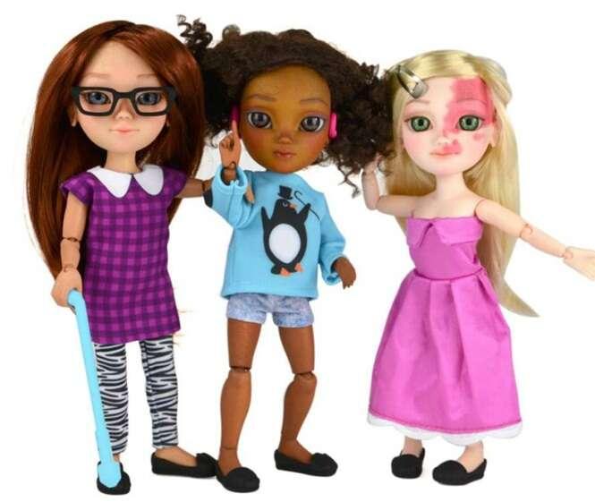 Empresa fabrica bonecas com deficiência que serão feitas com as mesmas marcas de nascença das crianças