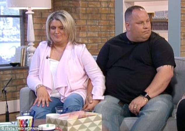 Mulher com tensão pré-menstrual crônica de até três semanas no mês revela se tornar violenta e atacar o marido