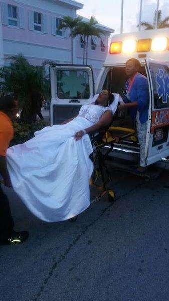 Adolescente chega ao baile de formatura em uma ambulância e é despertada por um beijo