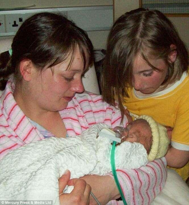 Mulher ganha R$ 100 mil em indenização de hospital após dar à luz bebê com deficiência grave