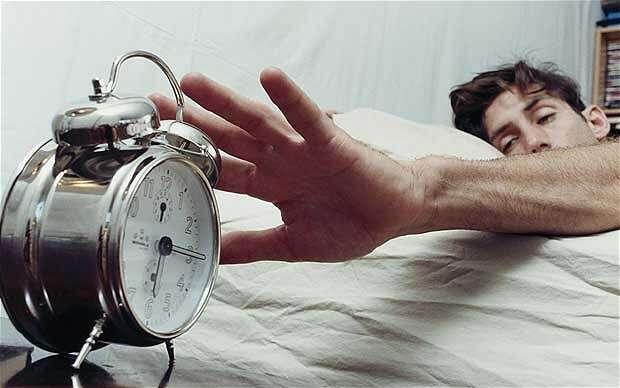 Dormir pouco é tão prejudicial à saúde quanto fumar