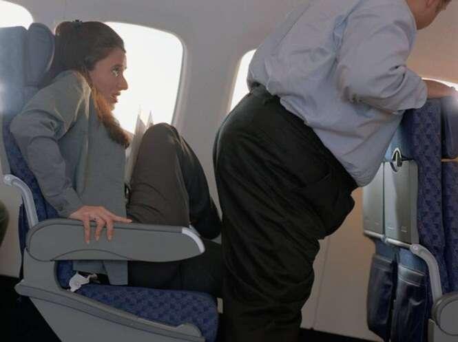 Passageiro processa companhia aérea por dores nas costas após fazer viagem ao lado de homem obeso