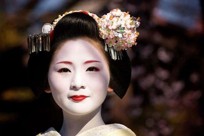Coisas que você faz diariamente consideradas deselegantes no Japão