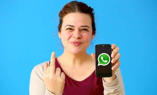 Dedo médio no Whatsapp