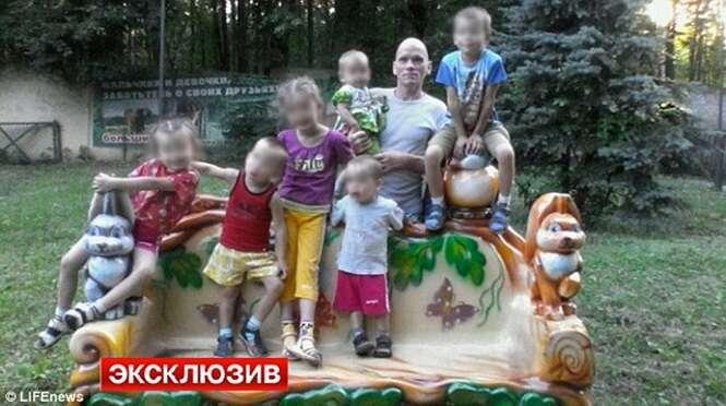 Pai desmembra seus seis filhos e a esposa a machadadas