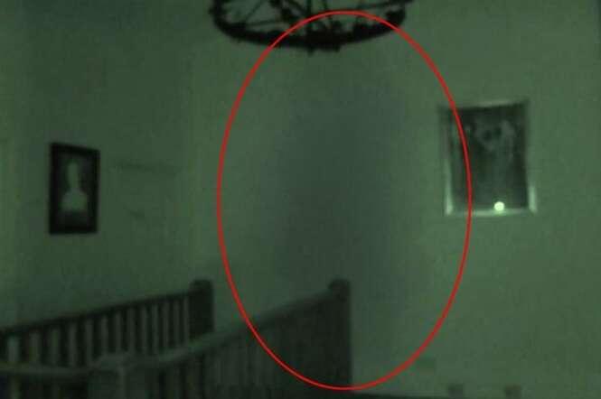 Vídeo mostra assombração em castelo assombrado