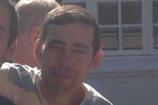 Pai morre semanas após seu filho ser assassinado