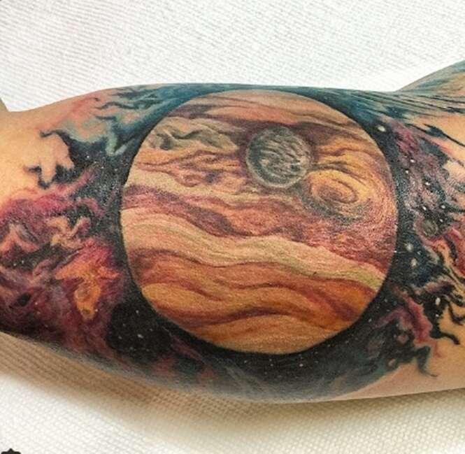 Belas tatuagens que os amantes de ciência vão adorar
