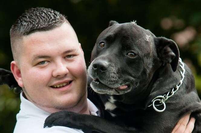Cão mastiga corda que seu dono usava para cometer suicídio e salva sua vida