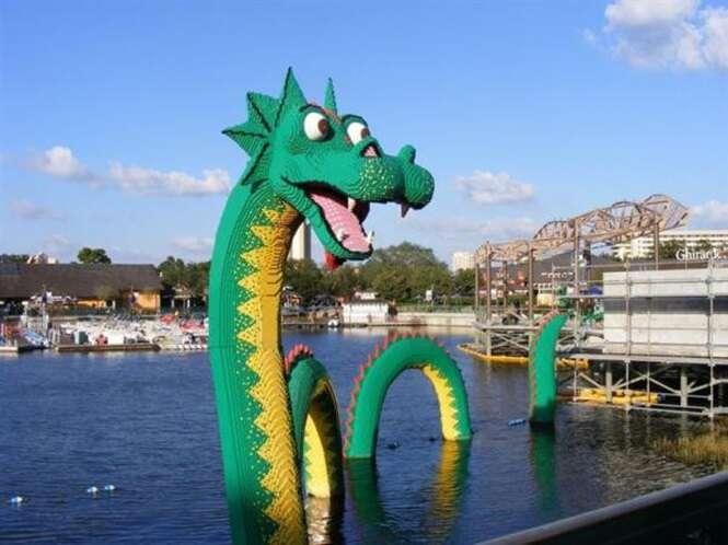 Obras de arte feitas com peças de Lego