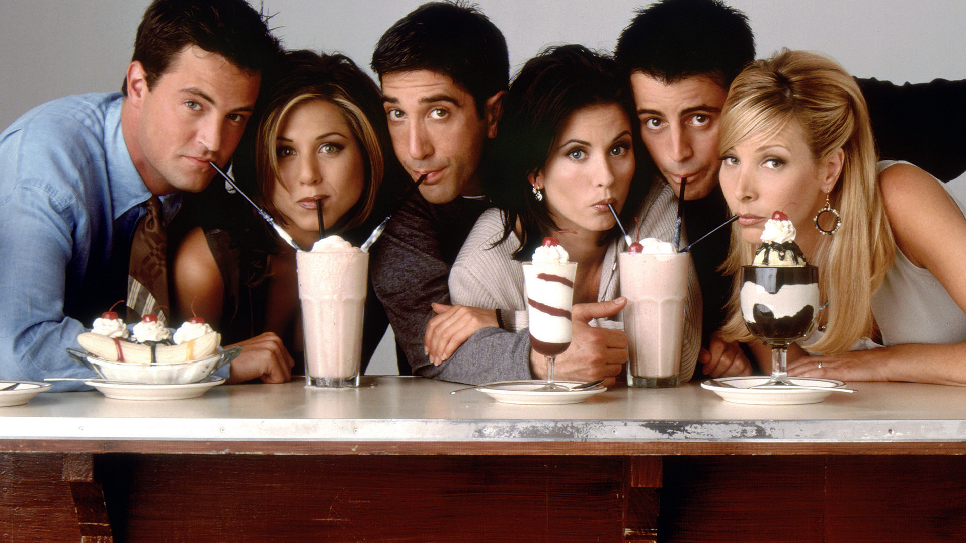 Veja como estão os atores coadjuvantes do seriado Friends