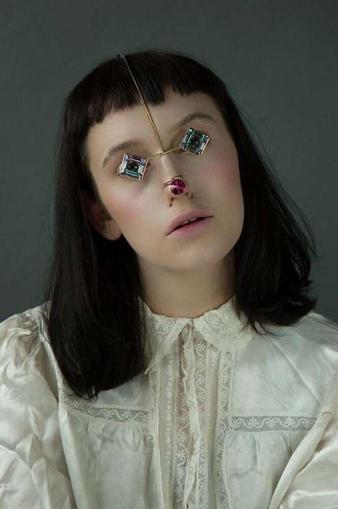 Você usaria essa nova coleção de joias para o rosto?