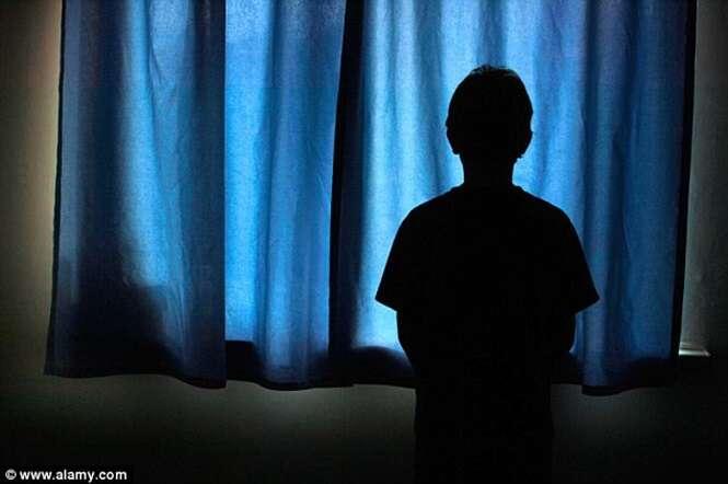Garoto de 5 anos é acusado de agredir sexualmente menina da mesma idade na escola
