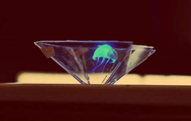Vídeo ensina como criar holograma 3D usando a tela do smartphone