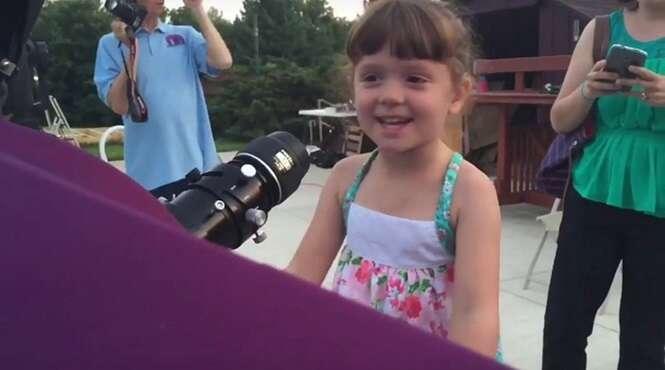 Pais de menina de 5 anos com condição rara que a fará ficar cega e surda criam lista de coisas para ela fazer antes de perder sentidos