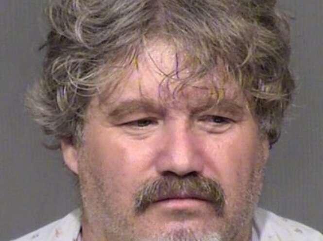 Homem babá de criança de dois anos é preso após abusar sexualmente da menina