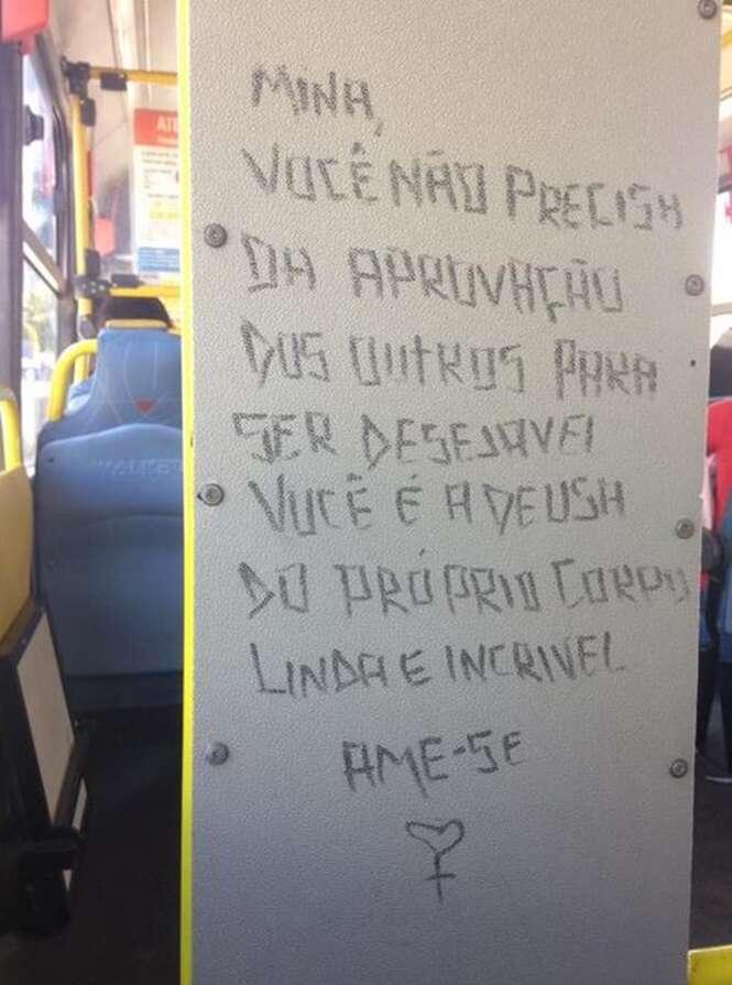 Poetas que deixaram suas marcas em ônibus brasileiros