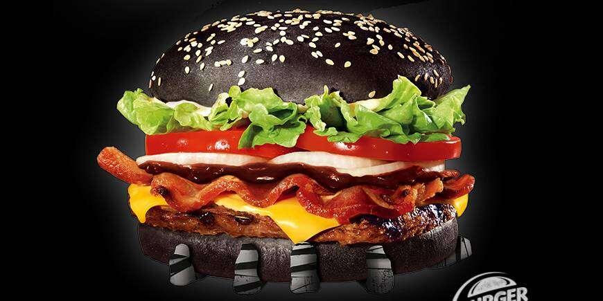 Após sucesso no Japão, Burger King começa a comercializar hambúrguer preto no Brasil