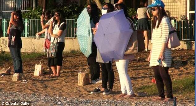Nova mania polêmica de regime faz chinesas olharem para o sol a fim de substituir alimentos