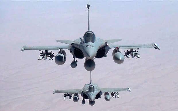 França lançará ataques aéreos contra a Síria para conter o fluxo de refugiados