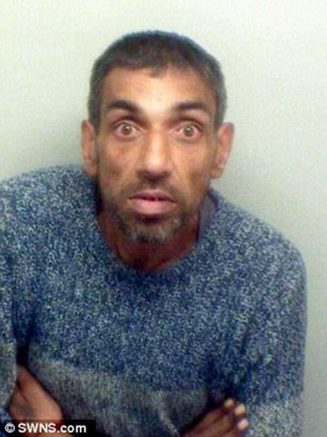 Mendigo é preso após perseguir transeuntes que negaram lhe ajudar