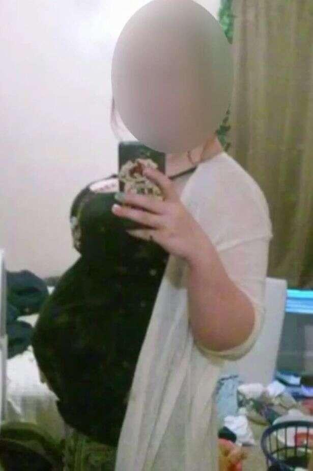 Adolescente engana namorado e a própria família fingindo gravidez de trigêmeos