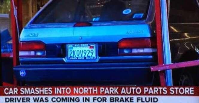 Motorista destrói loja de autopeças por não conseguir parar carro enquanto ia ao local comprar fluido de freio