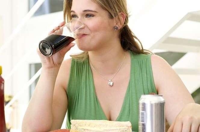 Pessoas que gastam mais com refrigerante são mais propensas a sofrerem parada cardíaca