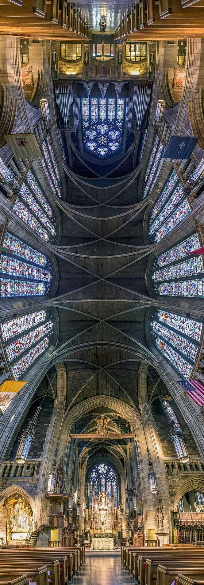 Fotógrafo cria série curiosa com fotos panorâmicas verticais em igrejas de Nova York