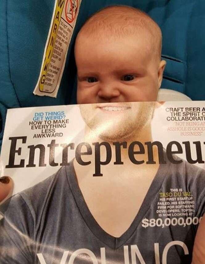 Imagem de bebê lendo revista se torna viral na internet