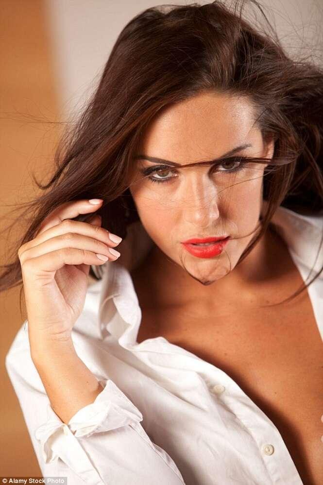 Fotógrafa faz ensaio sensual de mulher e recebe e-mail de marido dela reclamando