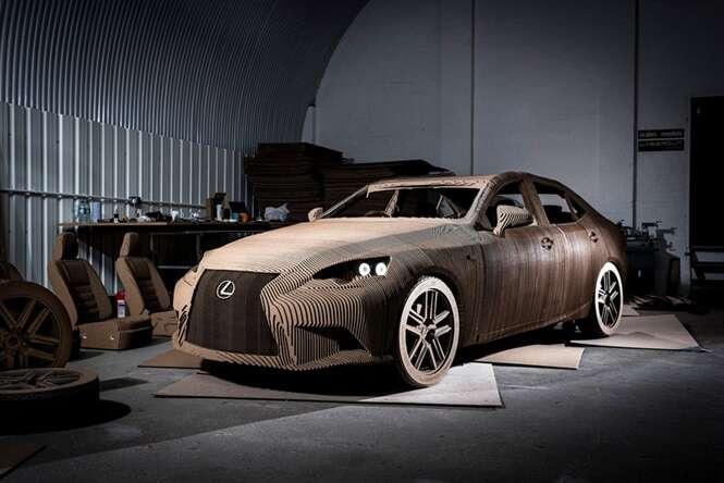Montadora cria carro inteiramente feito de papelão