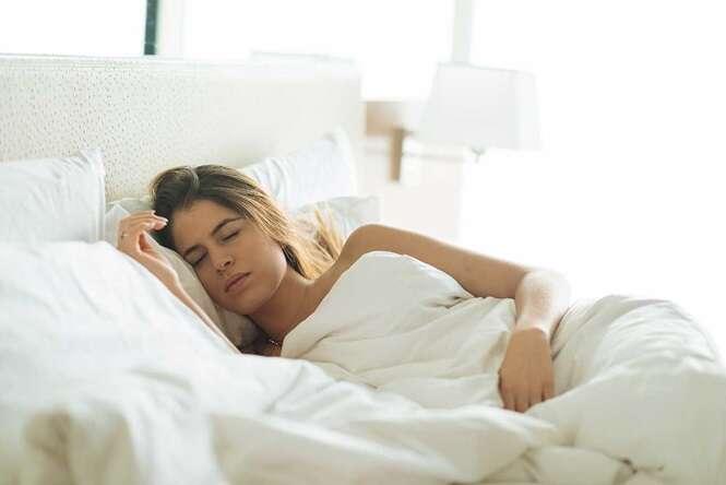 Coisas que fazemos errado durante a noite e que prejudicam uma boa noite de sono