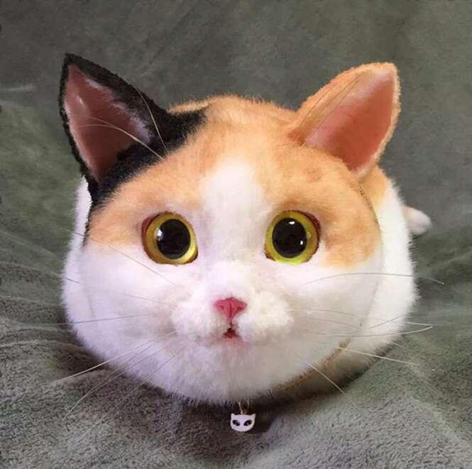 Bolsas realistas em formato de gato fazem sucesso no Japão