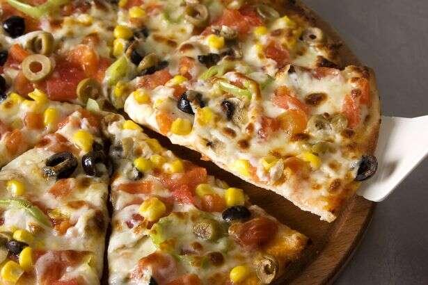 Cientistas revelam truque simples para diminuir em um terço as calorias presentes em uma pizza