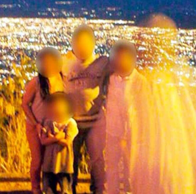 Família encontra suposta imagem de Jesus em foto