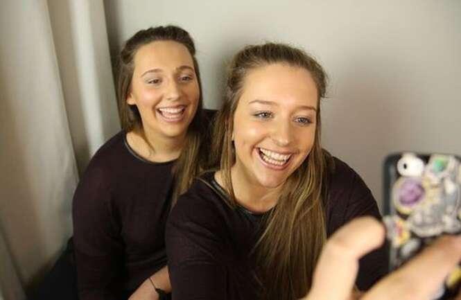 Meninas desconhecidas se mudam para a Alemanha para fazer intercâmbio e percebem que são idênticas