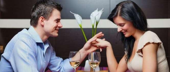 Truques para você conseguir ganhar simpatia ao conversar com alguém pela primeira vez