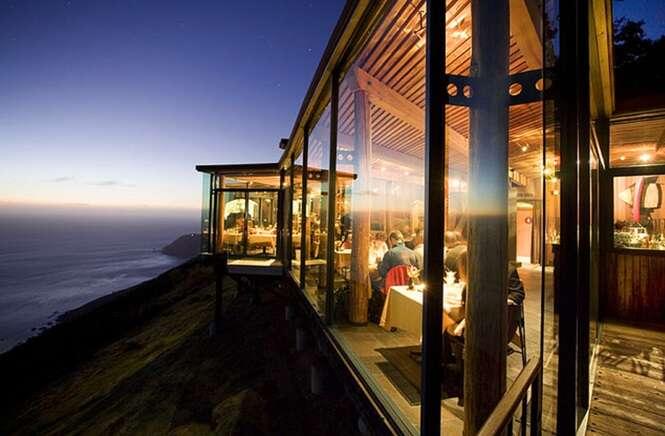 Restaurantes românticos com vistas incríveis