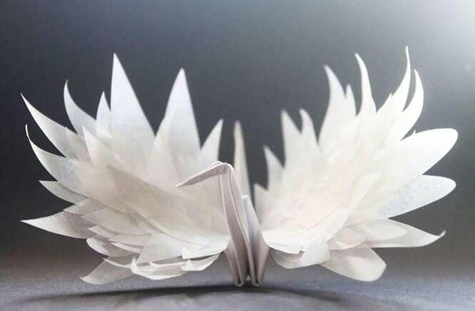 Artista usa origami como diário para descrever como enxergou seu dia