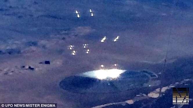 Passageiro de avião captura imagens de suposto OVNI durante voo