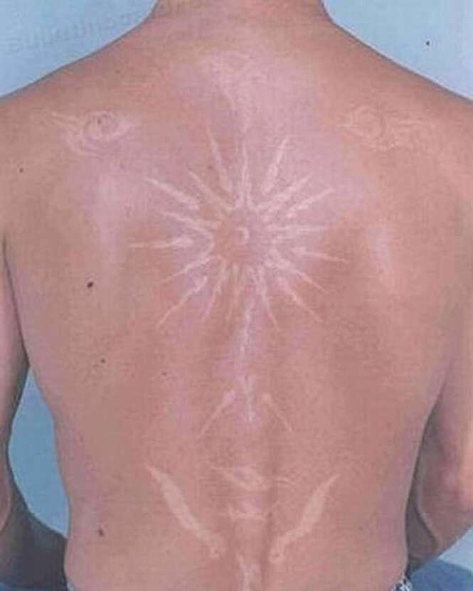 """""""Tatuagens"""" incríveis feitas por bronzeamento"""