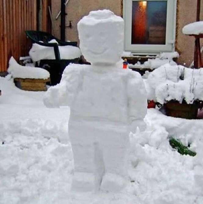 Bonecos de neve nada comuns