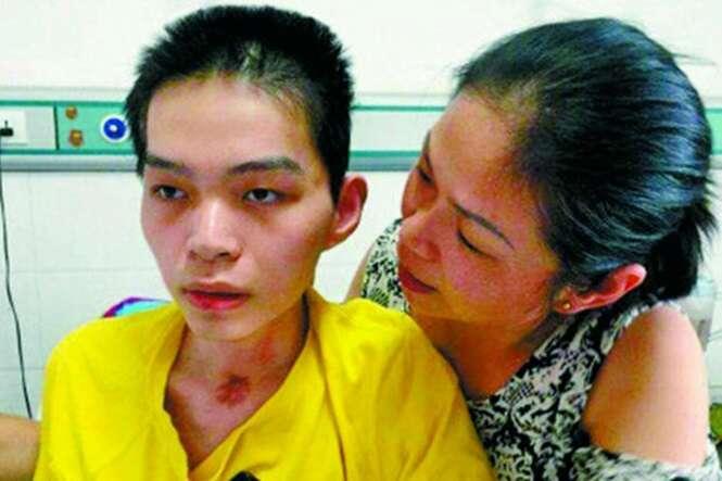 Um jovem saiu do coma de 198 dias depois de sua mãe cantar para ele, apesar dos médicos terem desistido de salvá-lo.