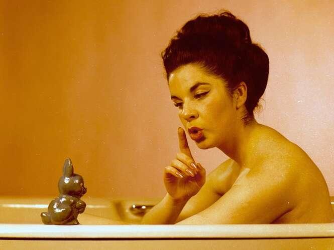 Fotos demonstrando como o mundo das modelos na década de 1960 era diferente
