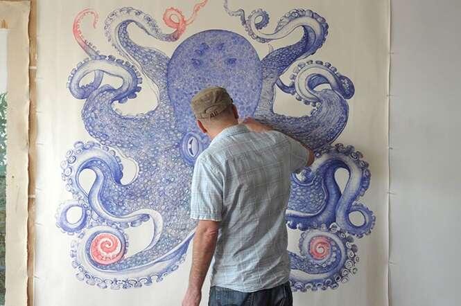 Artista cria desenho fantástico de polvo após um ano usando canetas descartadas