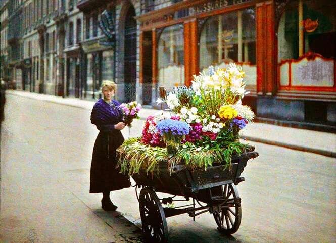Fotos raras e coloridas de Paris registradas há 100 anos