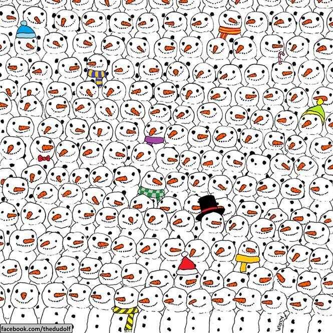 Imagem de panda escondido no meio de bonecos de neve faz enorme sucesso no Facebook