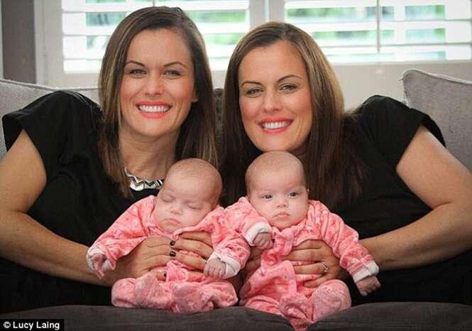 Gêmea idêntica dá à luz gêmeas idênticas